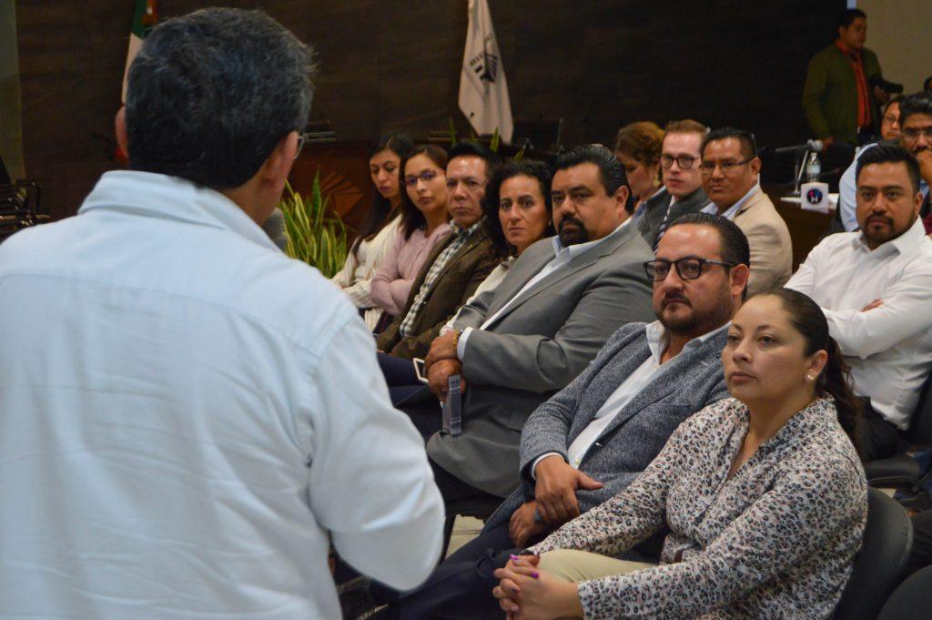 La presidenta del Instituto Estatal Electoral de Hidalgo, Guillermina Vázquez, culminó la preparación del organismo sobre derechos políticos de Pueblos Indígenas.